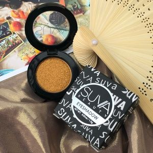 New Suva Beauty Gold Eyeshadow - Turmeric